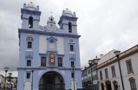 Terceira_Stadtansicht Kirche