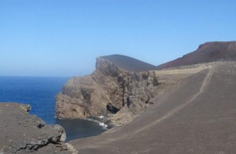 Faial_neues Land bei Capelinhos